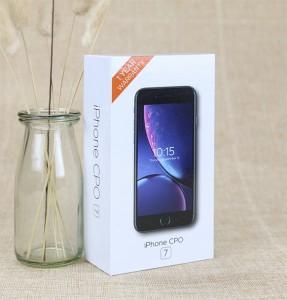 White Cardboard Paper Packaging Box UV Logo Gift Box for Smart Phone