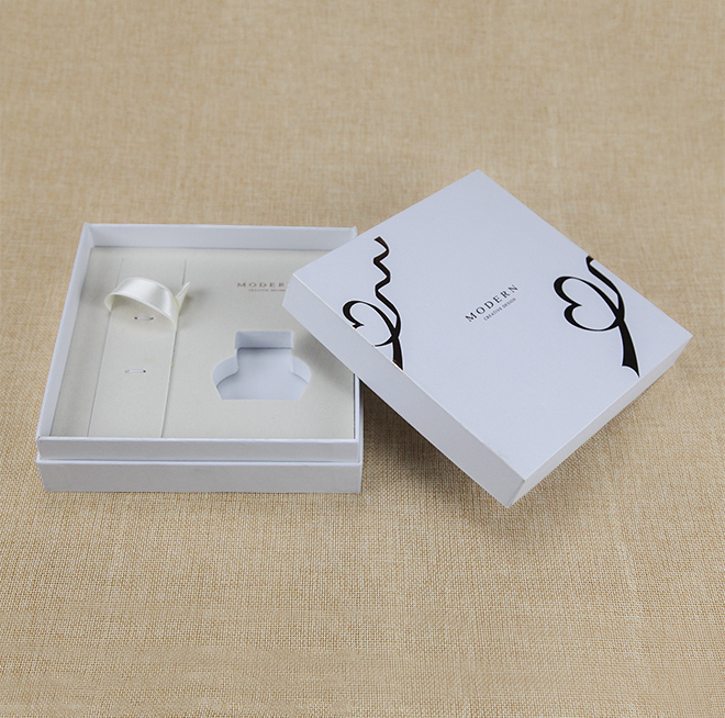 Recyclable White Custom Cardboard Rigid Paper Packaging Box with Flocking EVA Featured Image