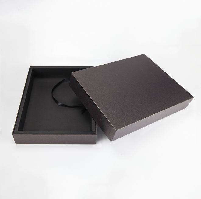 Custom Design Logo Cardboard Gift Packaging Box Black Color Paper Box for Clothes Featured Image